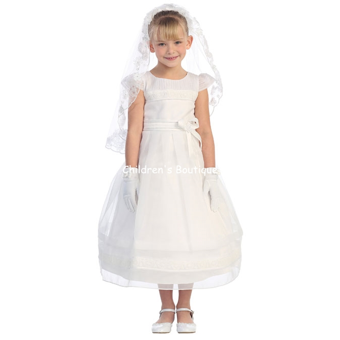 Communion Dress w/ Detailed sleeves and lace trim