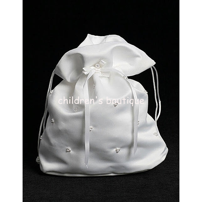 Satin Purse With Pearls